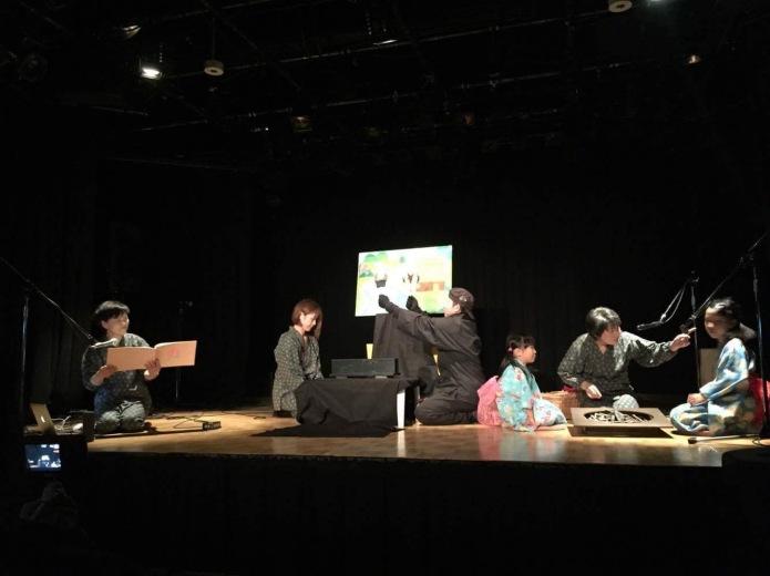 芸術の祭典として参加させてもらいました。昔話『桃太郎』は子や孫へと語り継がれる。日本の忘れてはいけない文化です。